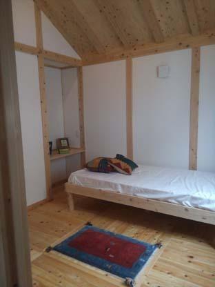サイエ寝室.jpg